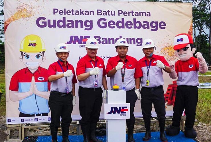 """JNE Bangun """"Station"""" Baru di Bandung untuk Tangani Kenaikan Pengiriman"""